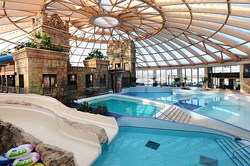 aquaworld-budapest-ramada-resort-hotel-budapest